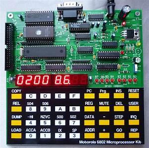 Figure1  Motorola 6802 Microprocessor Kit