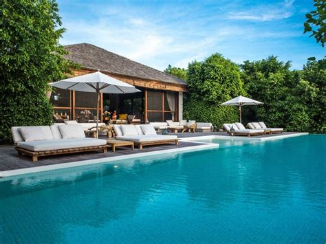 where to sell a pool donna karan looks to sell 39 peace 39 of turks and caicos