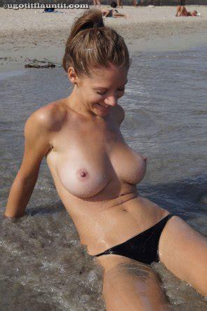 Gabriela baeva nackt