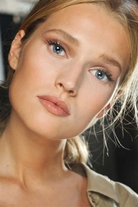 examples  everyday natural makeup