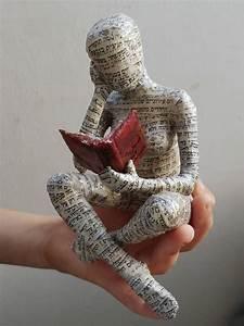Sculpture En Papier Maché : lecture de femme sculpture en papier m ch objet de objet pinterest sculpture en papier ~ Melissatoandfro.com Idées de Décoration