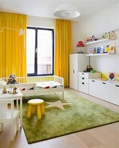 tapis chambre enfant 25 idees adorables en couleurs With tapis chambre enfant avec recouvrement canapé