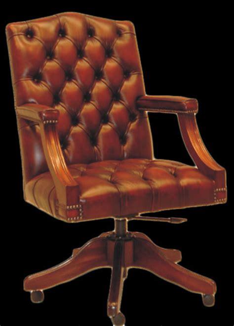 fauteuil bureau anglais gainsboroug cuir marron patine