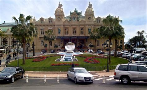 monte carlo casino monaco bond lifestyle