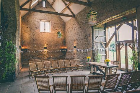perfect winter wedding venues  oxfordshire chwv