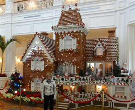 gingerbread house   grand floridian resort