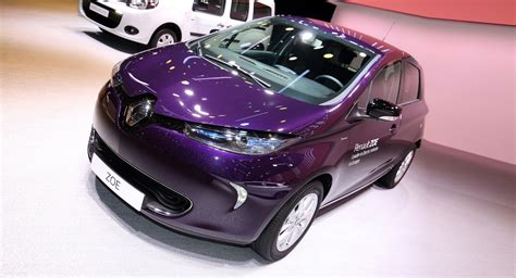 renault zoe 2018 evolved 2018 renault zoe r110 adds more power and new