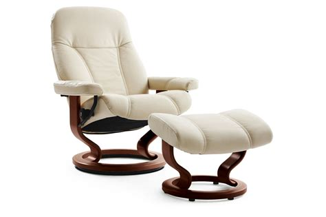 This chair is highlighted with an outer lumbar pillow that provides lower back support and a swivel seat. Leather Medium Swivel Chair and Ottoman in Cream | Mathis ...