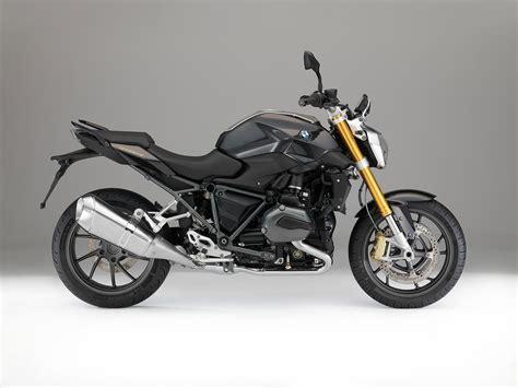 Bmw R1200r by 2015 Bmw R1200r Review Morebikes