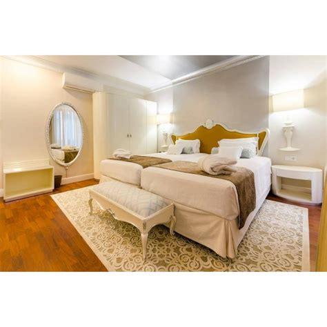 chambre adulte de luxe bleue argent et or et
