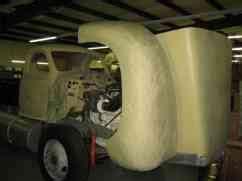 mack  model  daycab semi trucks