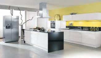 hochglanz küche weiß design einbauküche aneta weiss hochglanz lack küchen quelle