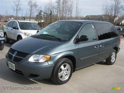 Dodge Caravan 2007 by 2007 Dodge Caravan Sxt In Magnesium Green Pearl 143795