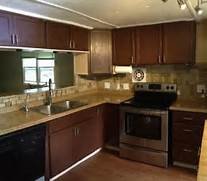 Mobile Home Kitchen Cabinets by Best 25 Mobile Home Remodeling Ideas On Pinterest Mobile Home Manufacturer