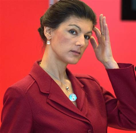 Sahra wagenknecht is a member of the german bundestag and vice president of left party and of left parliamentary group. Sahra Wagenknecht erntet heftige Kritik und Applaus von ...