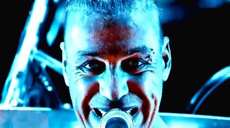 """Vídeo Rammstein """"wollt Ihr Das Bett In Flammen Sehen"""