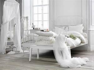 deco chambre adulte blanc With peinture murale couleur pastel 14 emejing chambre a coucher grise et blanche photos design