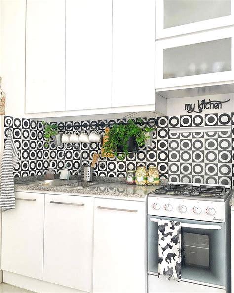 info ukuran keramik lantai dapur