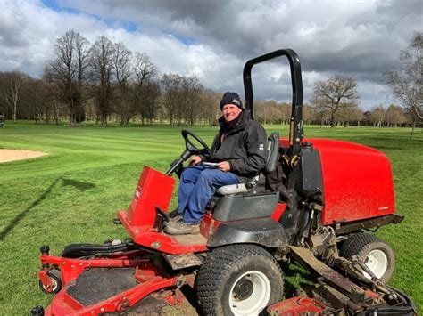 Greenkeeper shares his memories from 40 years at golf club ...