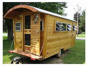 Tiny House Anhänger : cedar cabin on wheels tiny house listings zirkuswagen ~ Articles-book.com Haus und Dekorationen