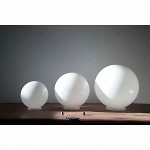 Globe En Verre : lustre boule blanche suspension salle a manger marchesurmesyeux ~ Teatrodelosmanantiales.com Idées de Décoration