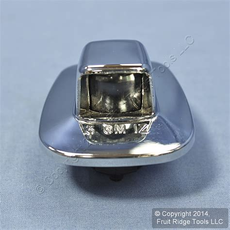new gm oem 916438 chrome bumper license plate light bulb