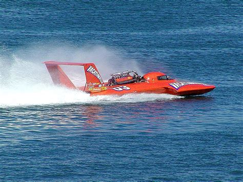 Fast Boats Racing by File Fast Race Boat Jpg Wikimedia Commons