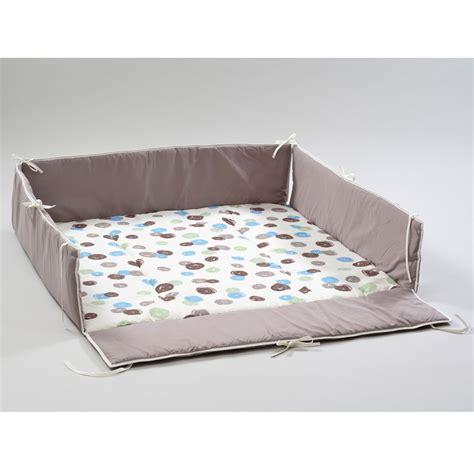 chambre de bébé aubert tour de parc belami de geuther tapis d 39 éveil aubert