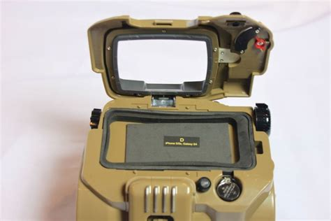 iphone pip boy unboxing our own limited edition fallout 4 pip boy