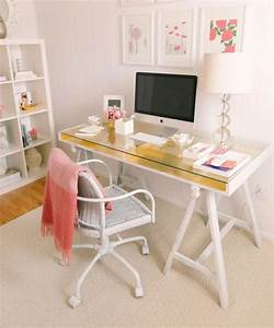 15 diy computer desk ideas tutorials for home office for Diy office desk ideas for your home office