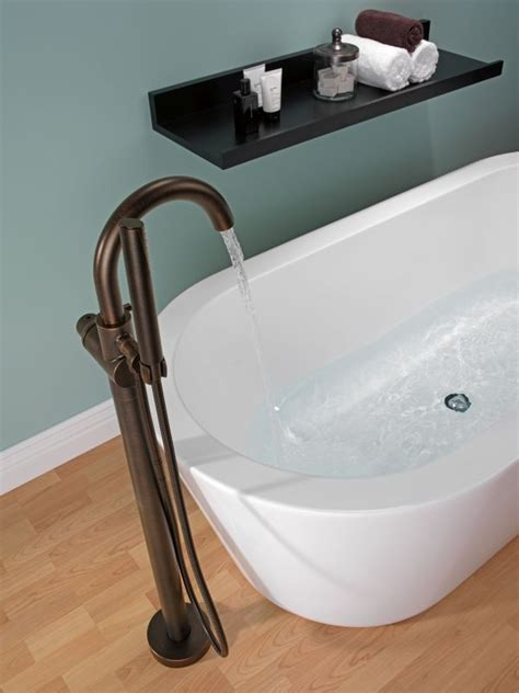 Delta Freestanding Bathtub Faucets by Faucet T4759 Fl In Chrome By Delta