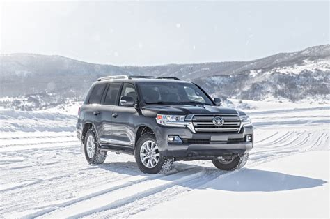 toyota land cruiser jeep wrangler vs mercedes g550 vs toyota land cruiser