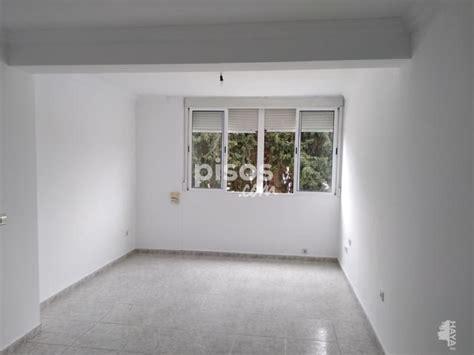 Cuenta con cocina amueblada, amueblado, 3 armarios, terraza, suelo de terrazo, ventanas de aluminio, buen estado. Piso en alquiler en Avenida José León de Carranza, nº 21 ...