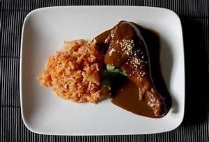 Mole' / Chicken Mole' Mexican Food Comida Mexicana | food ...
