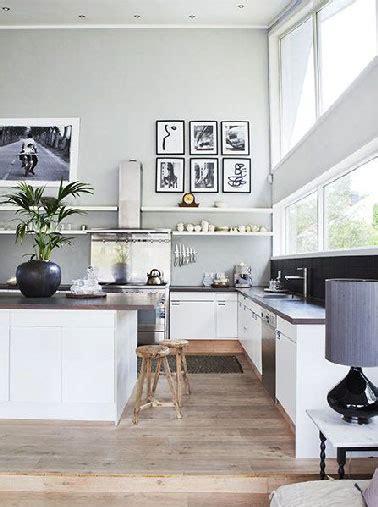 cuisine ouverte grise cuisine ouverte sur salon blanche et peinture grise