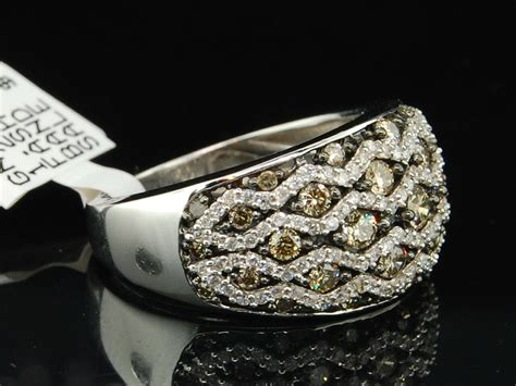 10k Ladies White Gold Champagne Brown Diamond Engagement
