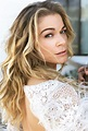 Country and pop star LeAnn Rimes plays a holiday show at ...