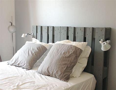 chambre à coucher monsieur meuble tête de lit cocon de décoration le