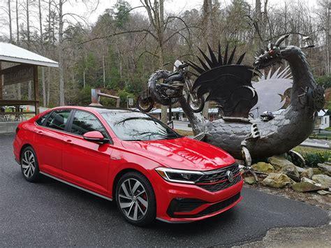 Volkswagen Jetta Gli First Drive Dragon