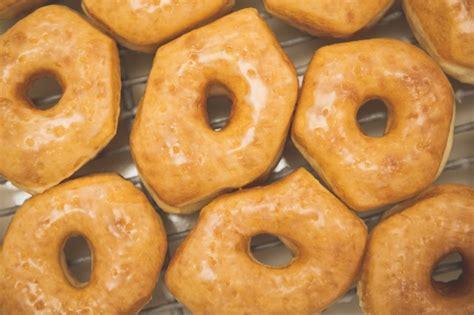 donuts   origin invention shipley  nuts