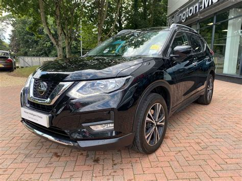 The exterior is masculine with flowing lines. Nissan X-Trail │Black│for Sale in Wellington│Nissan Used ...