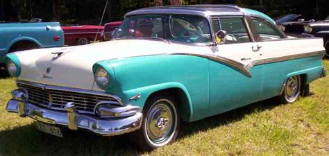 File:1956 Ford Fairlane Crown Victoria EZT616.jpg ...