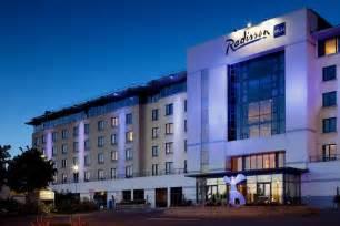 Radisson Blu Hotel, Dublin Airport, Dublin Info, Photos. Kempinski Hotel N'Djamena. Golden Parnassus Resort & Spa - All Inclusive. Hotel Edelweiss. The Silvertips. Hotel Palome. Salina Point Bonefish Lodge Hotel. Golf Und Sporthotel Moarhof. Oasia Hotel Singapore By Far East Hospitality