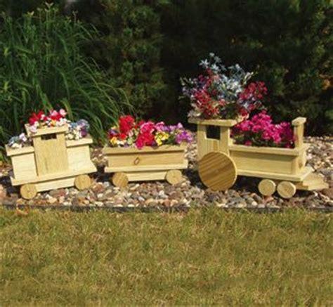 diy choo choo train planter   garden www