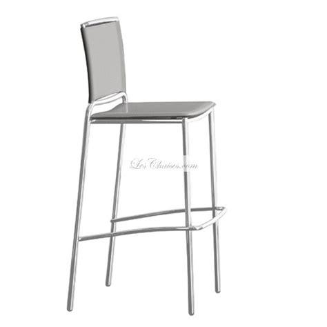 chaise de bar fly tabouret en cuir fly et tabourets de bar en cuir fly par midj