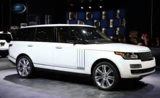 White Range Rover 2017
