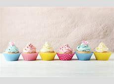 Fun Holiday – Vanilla Cupcake Day