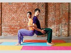 YogaÜbungen 8 x Yoga für Paare Bilder FIT FOR FUN