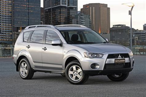 2010 Mitsubishi Outlander Es 2010 mitsubishi outlander photos informations articles