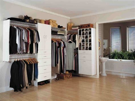 Closet Design For Small Spaces Walk In Closet Design